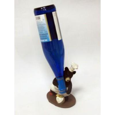 Подставка для бутылки, Медведь-повар (держит бутылку вверх ногами)