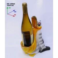 Подставка для бутылки, пеликан, бутылка в клюве.