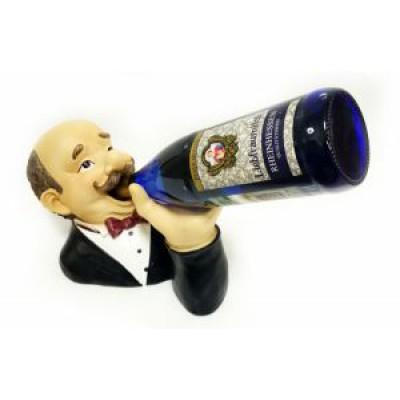 Подставка для бутылки, официант дегустирует